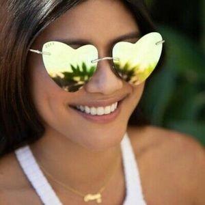 Diff Eyewear • Remy Heart Sunglasses